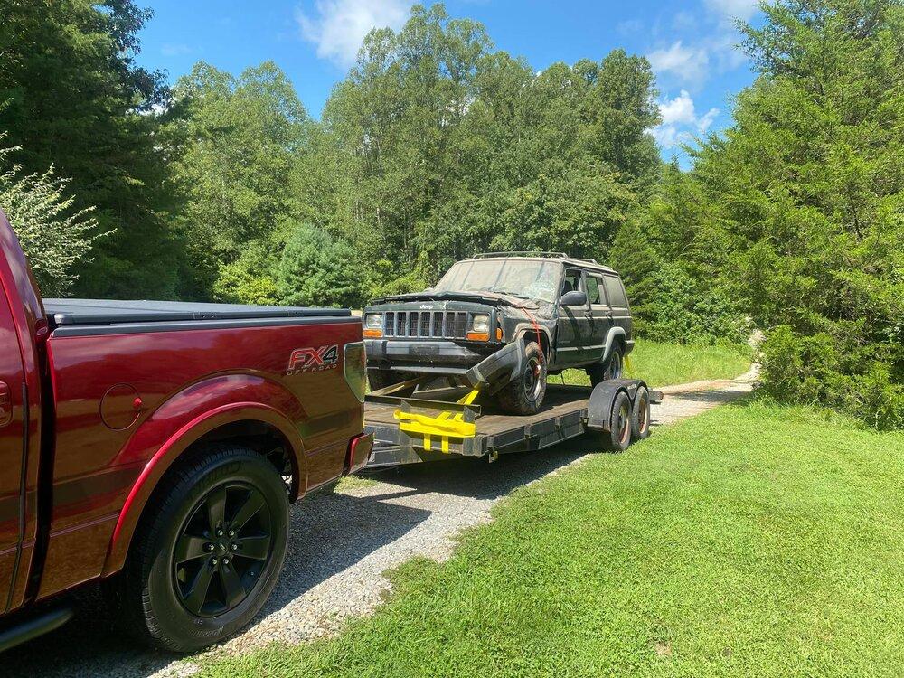 parts_jeep.thumb.jpg.da8d7f37aede17bb35953529d63a714c.jpg